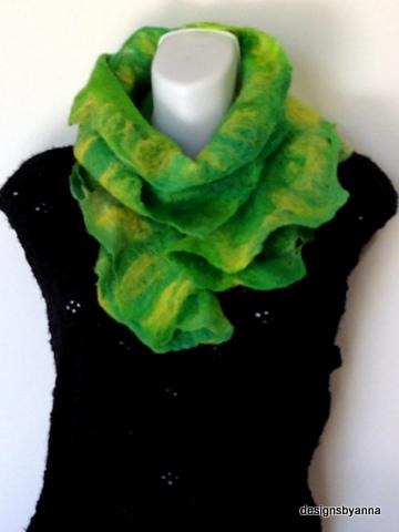 Kansas felted ruffle scarf