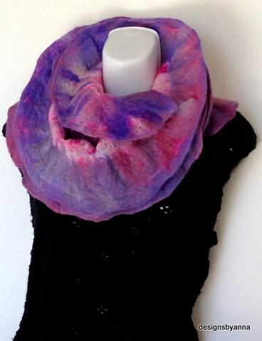 Hydrangea felted ruffle scarf